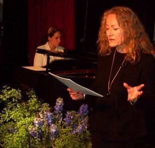 Laura Konjetzky und Vera Botterbusch